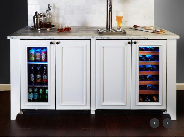 Perfekte Bar Einrichtung Unter Dem Kuhlschrank Eismaschine