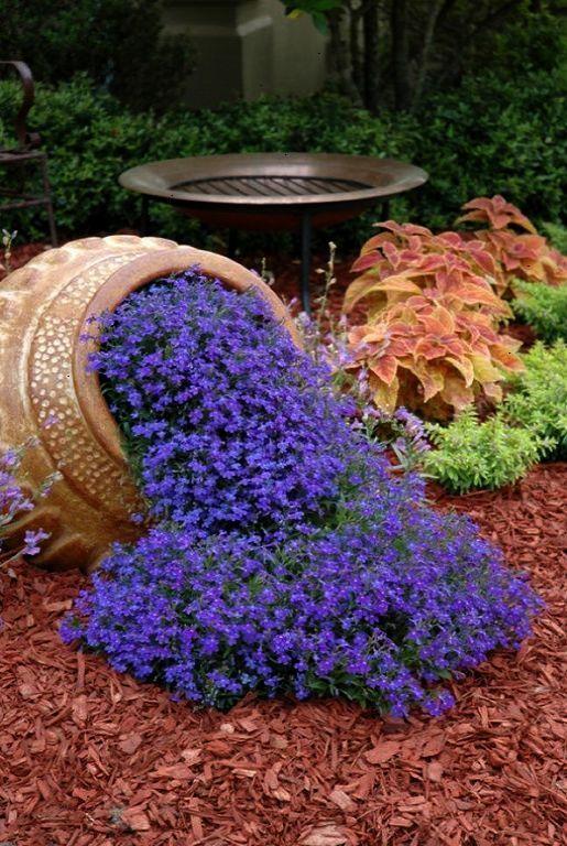 35 Best Spilled Flower Pot Ideas To Brighten Your Yard With Style Garden Inspiration Garden Design Patio Garden
