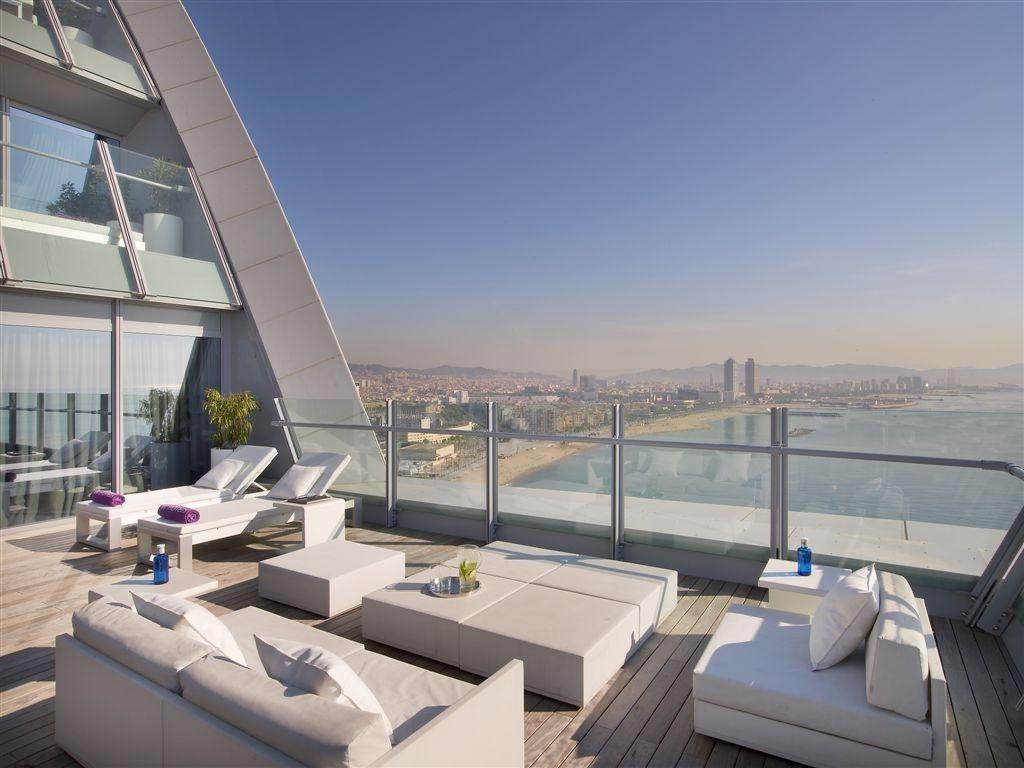 W Barcelona A Spectacular Sail Shaped Hotel Barcelona Hotels W Hotel Barcelona Starwood Hotels