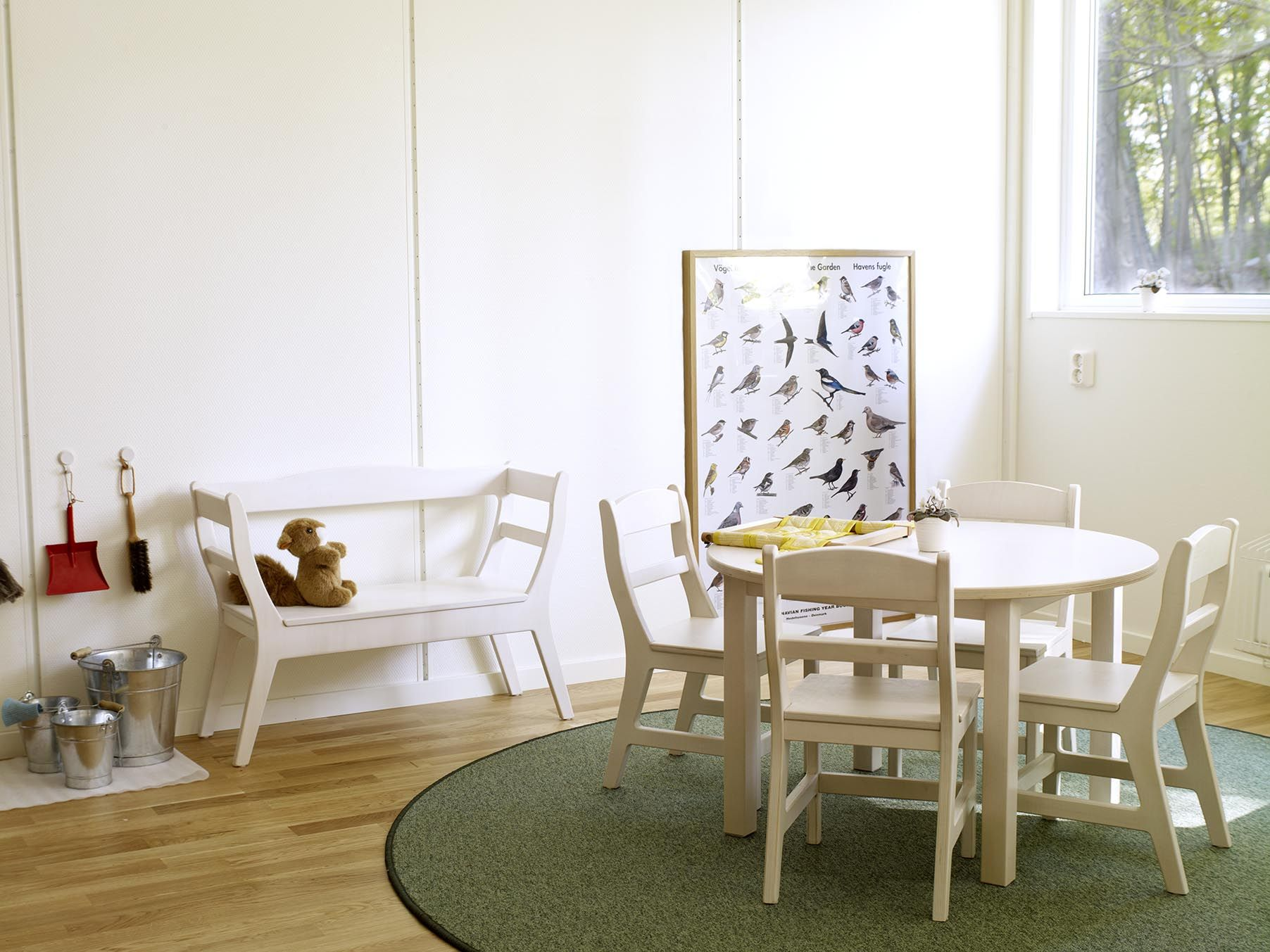 Barnsoffa, barnbord, barnstolar www.forskolemobler.com ...