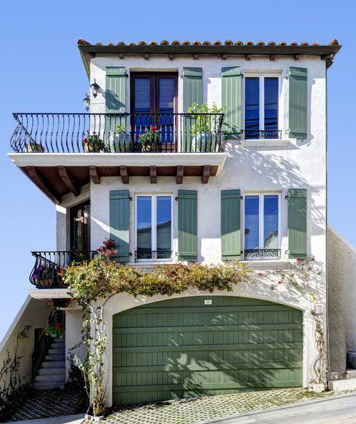 Moonstone Street residence, Manhattan Beach. #spanishthings