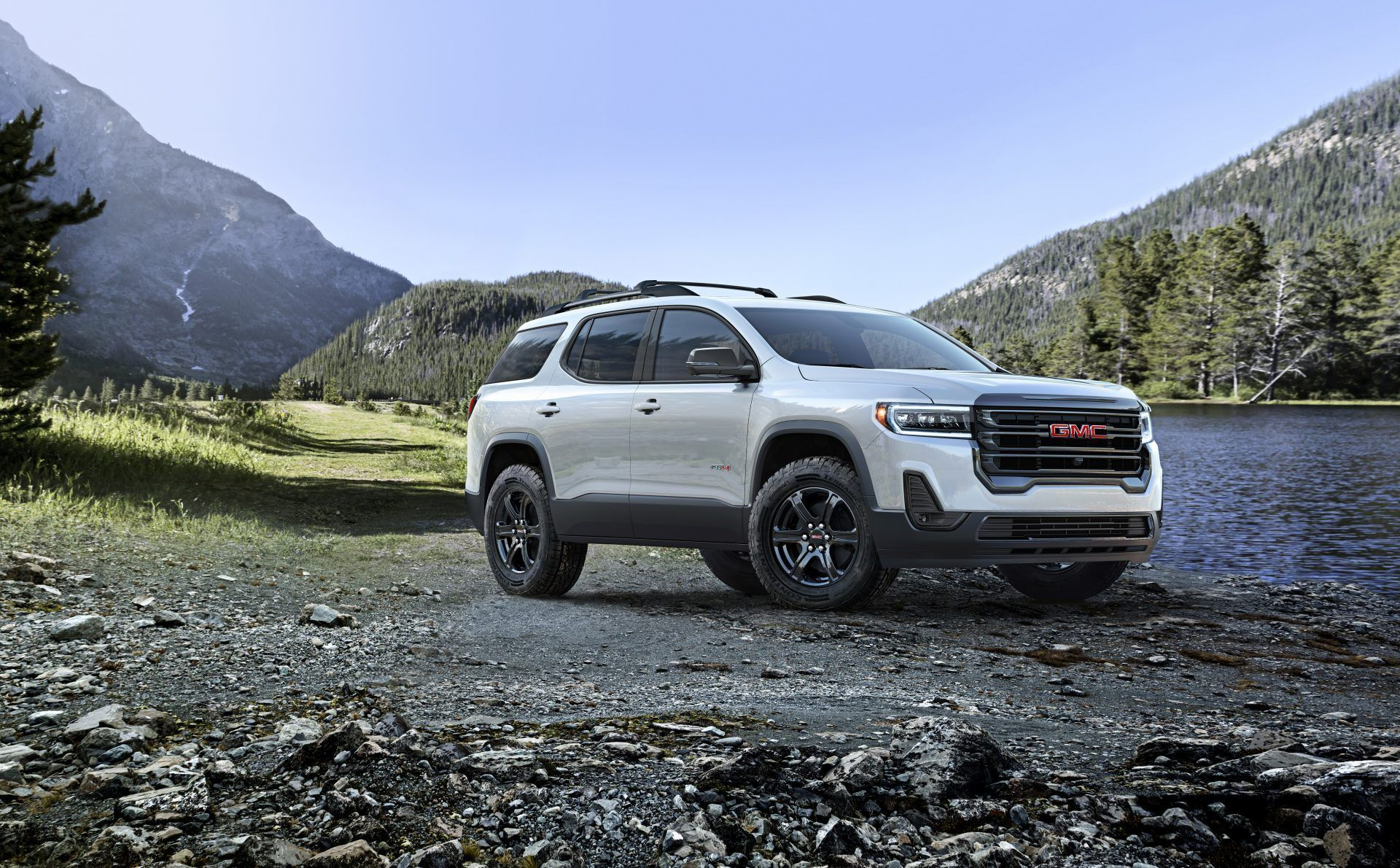 2020 Gmc Acadia Gets A Refresh Now With At4 Trim Package Gmc Acadia New Cars