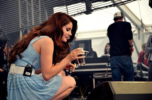 pinupgalore-lanadelrey:     Lana Del Rey... - But I still got jazz when I've got the blues
