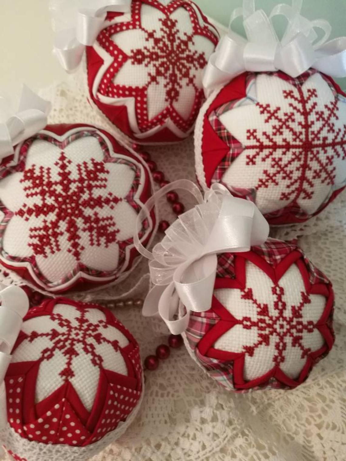 Quilted Christmas Ornaments.Snowflake Quilted Christmas Bauble Quilted Ornament Cross