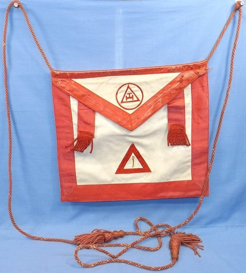 White apron freemason - Old Red Royal Arch Masonic Sword Apron Leather Satin Silk Fraternal Mason