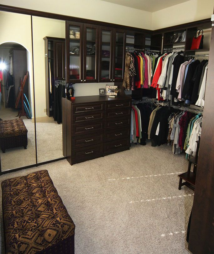 The Bench And Step Stool Add More Functionality To This Great Closet.  #organize #