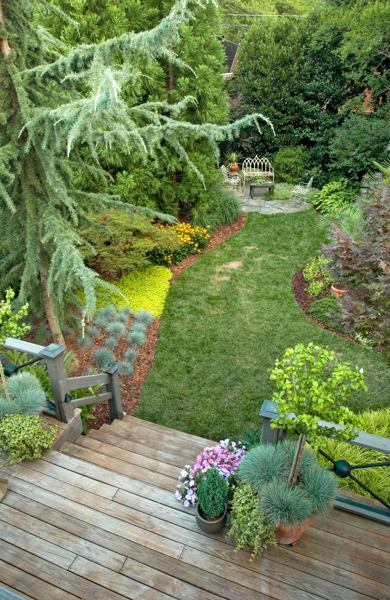14 Landscaping Ideas For Giving Your Yard A Makeover Small