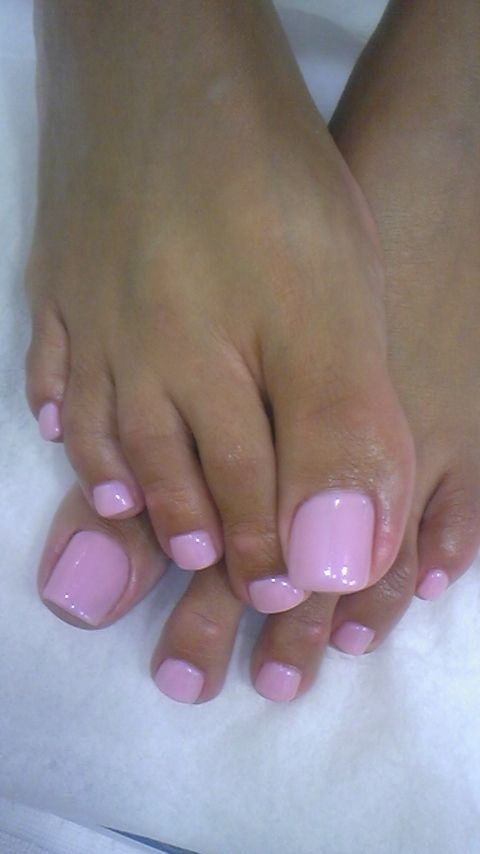 Maryam Maquillage On Instagram Macaron Pastel Baby Pink With Polka Dots For Mani Pedi Monday I M Wearing Lime Pink Toe Nails Pretty Toe Nails Pink Pedicure