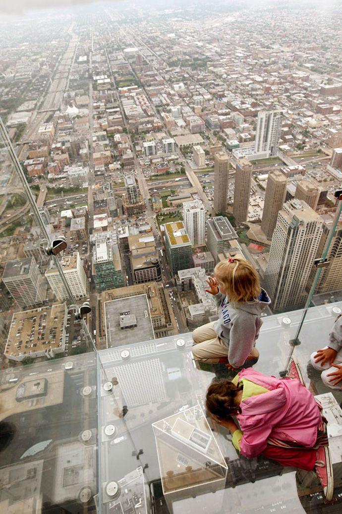 Transparent balcony of sears tower chicago 103 floor skyscraper