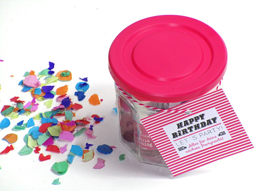 Deine Freundin Hat Geburtstag Und Du Suchst Noch Ein Geschenk? Schenk Ihr  Doch Ein Glas Voll Mit Tollen Sachen Für Eure Nächste Gemeinsame Partynacht!