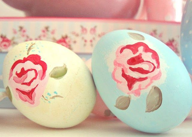 Cath Kidson inspired painted eggs!
