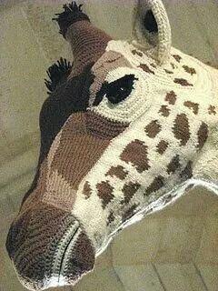 Amazing crochet giraffe via Inge at Lady Crochet. Original artist unknown.  #crochet #sculpture #crochetersanonymous