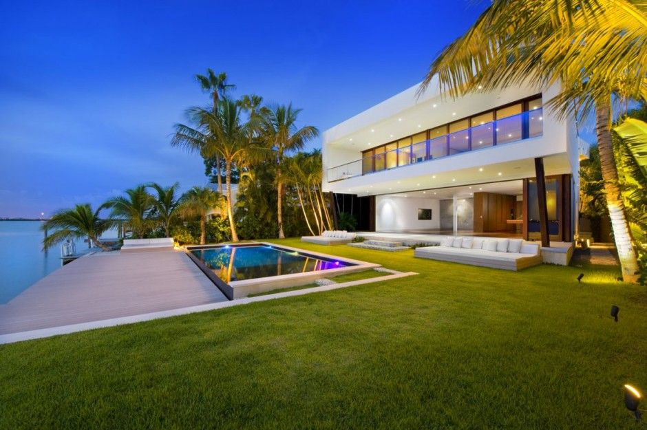 Wunderbar Miami Beach Residence By Luis Bosch Home Builder Luis Bosch Has Sent Us  Images Of A House He Recently Built In Miami Beach, Florida.