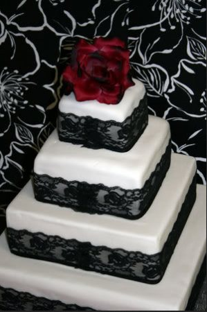 black lace cake red flowers