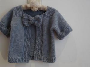 aff4a2412c9c7 modèle tricot gratuit gilet fille 4 ans | Projets à essayer | Tricot ...