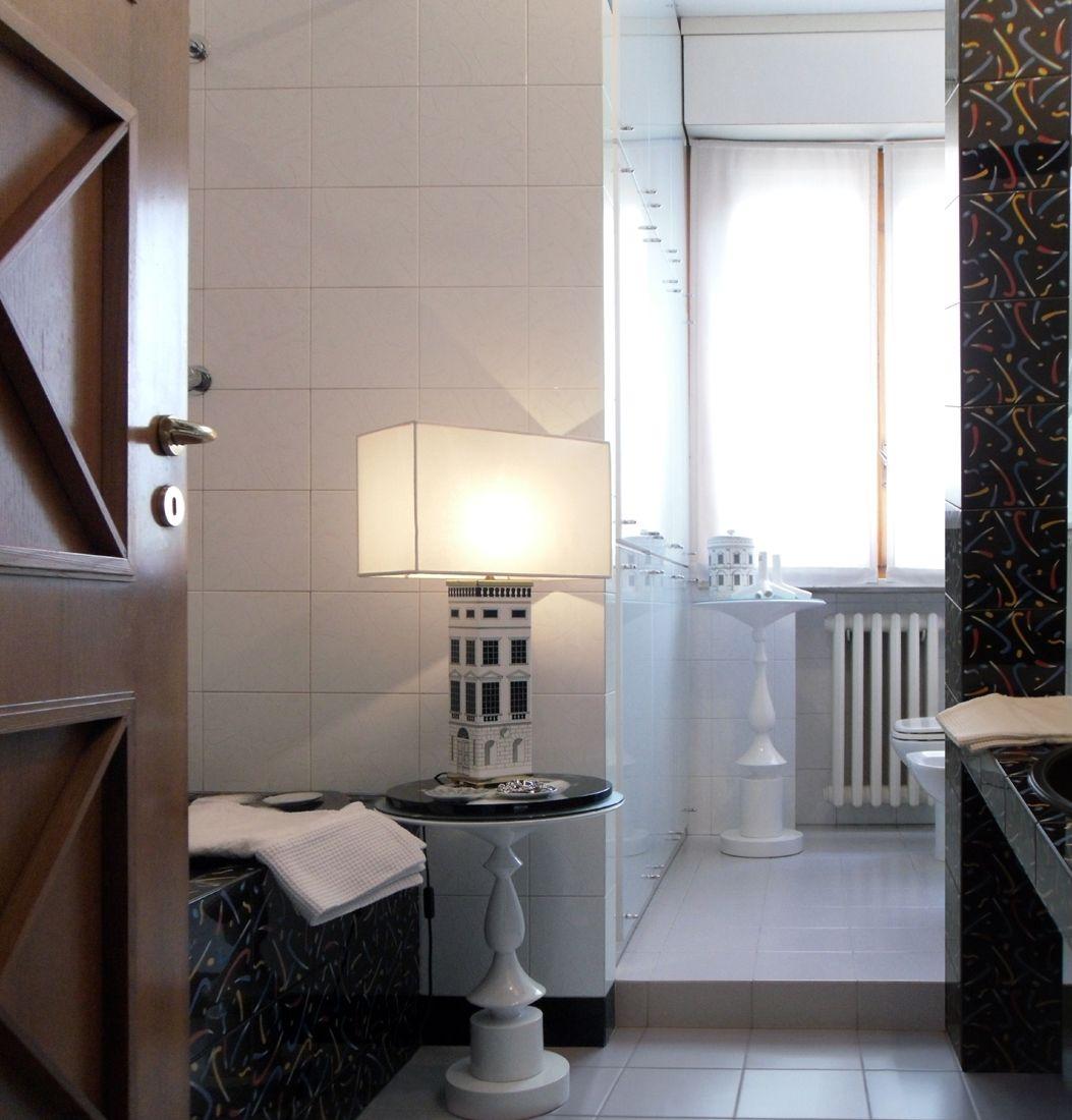 Bagno d artista i rivestimenti decorati personalmente dall 39 artista i complementi d arredo l - Complementi d arredo bagno ...