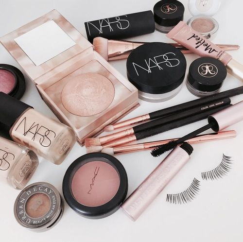 Everything You Need For A Complete Affordable Makeup Kit Luxury Makeup Pinterest Makeup Trendy Makeup