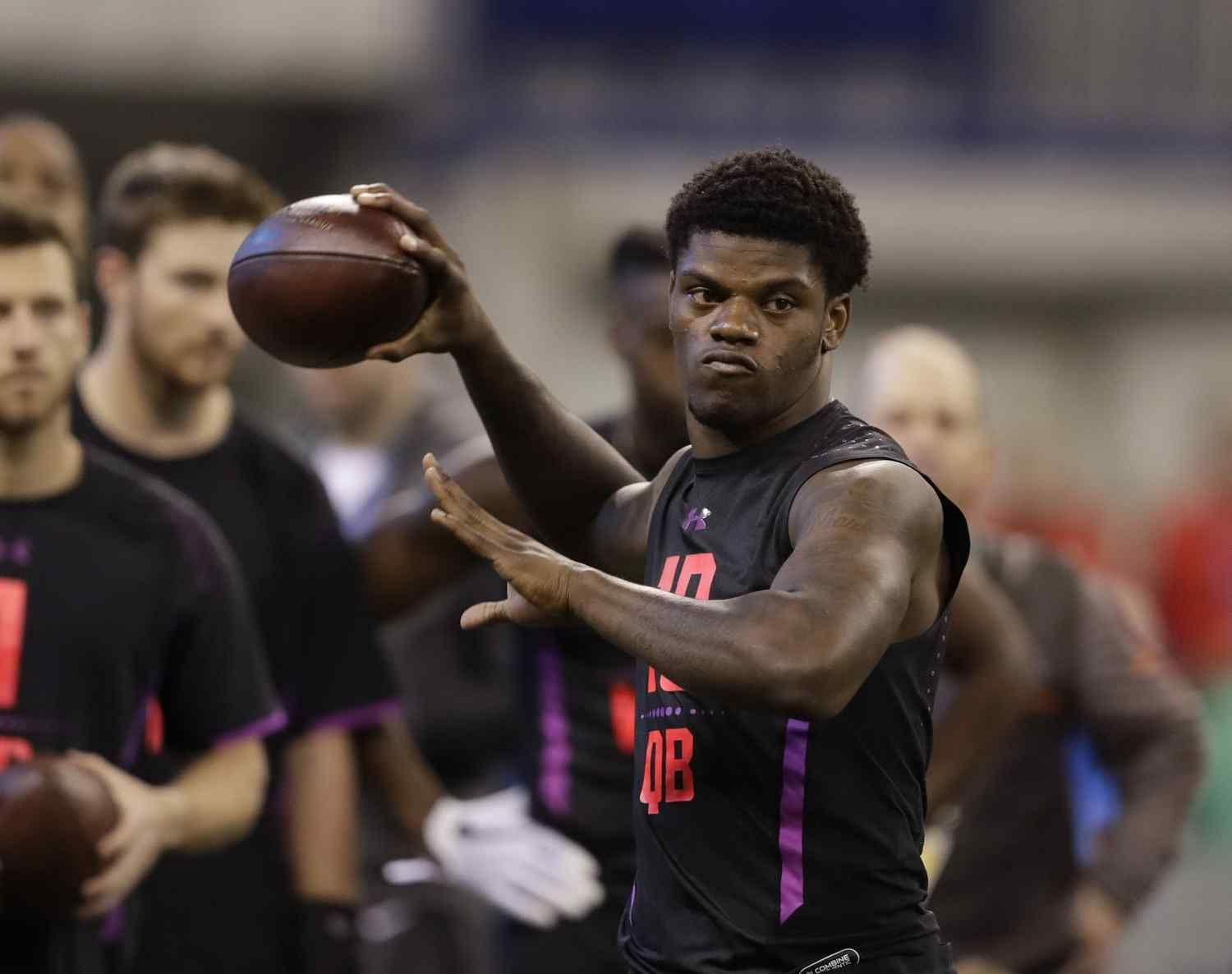 Browns could pull a surprise by trading down for QB Lamar