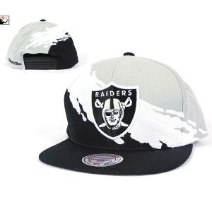 37dcd682bd7 Mitchell   Ness Oakland Raiders Paintbrush Snapback Hat