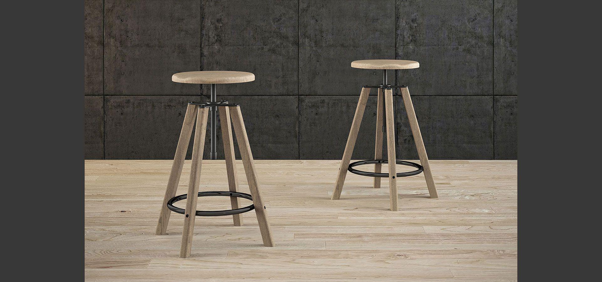 hugo sgabello con struttura e seduta in legno anello poggiapiedi in metallo semilucido grigio http
