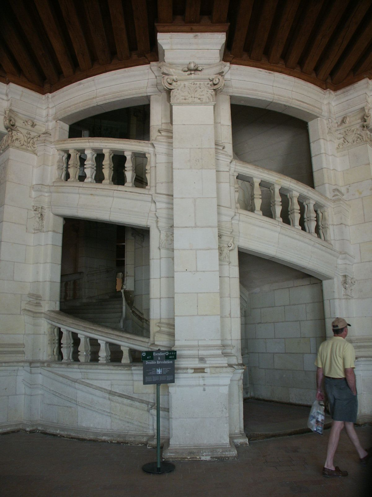 Best Double Helix Staircase At Chambord Staircase Double 640 x 480