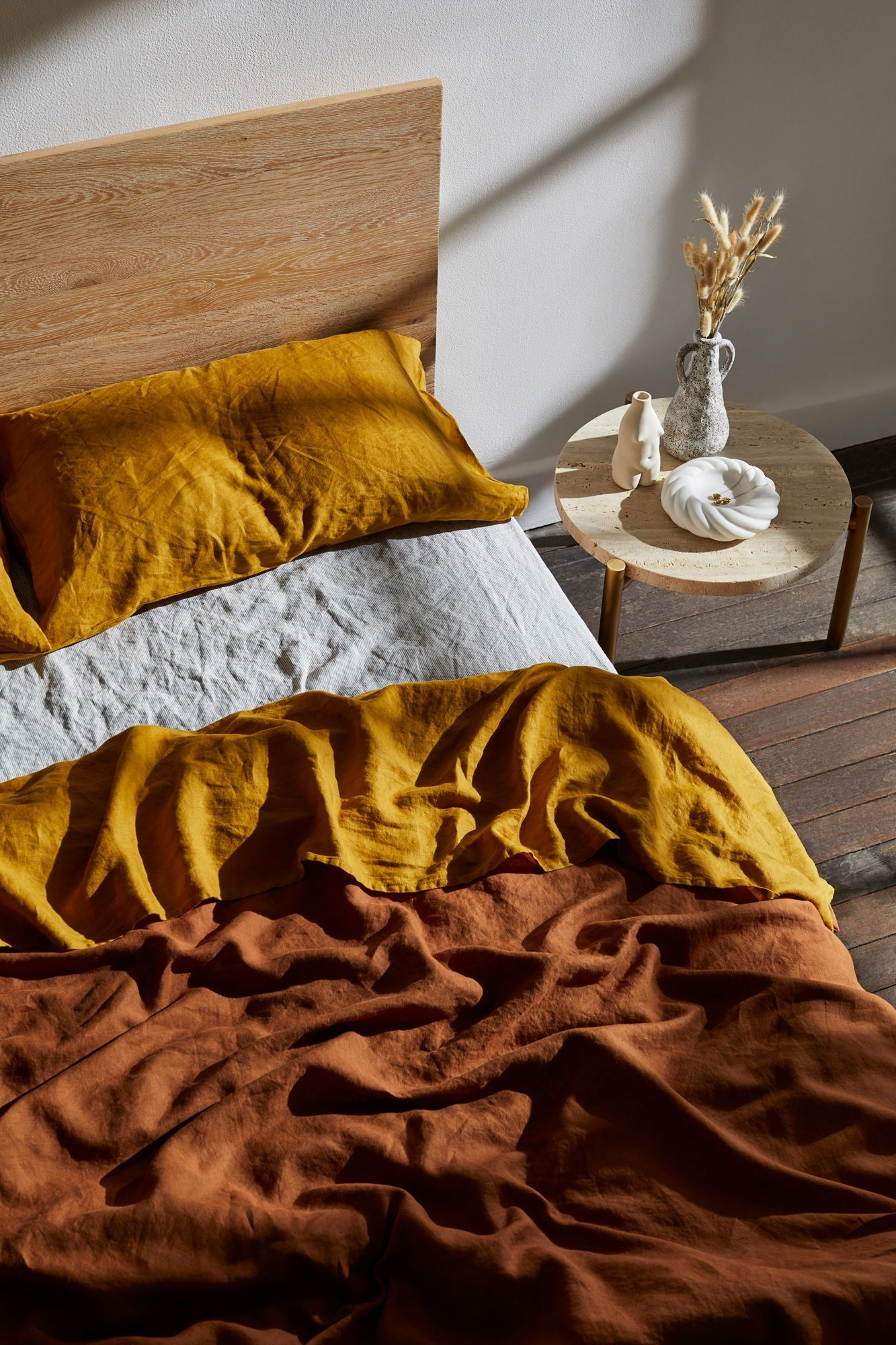 Turmeric 100 Flax Linen Bedding Set Bedding Flax Linen Linenbedideas Minimalistbedroommen Set Tur In 2020 Bed Linen Sets Bed Linens Luxury Summer Bedding