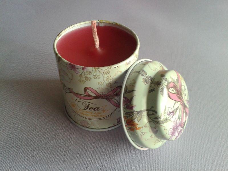 Bougie boite thé métal parfumée aux fruits rouges de BijouxPerles sur DaWanda.com