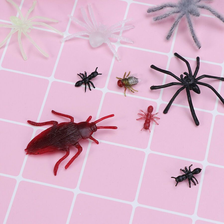 Realistic Insects//Bugs Scarab for Halloween Party Favors and Decoration
