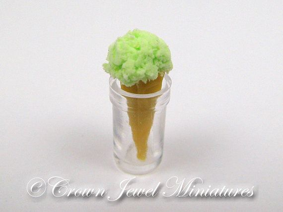 OOAK Highly REALISTIC 1:12 Mint Chocolate by CrownJewelMiniatures