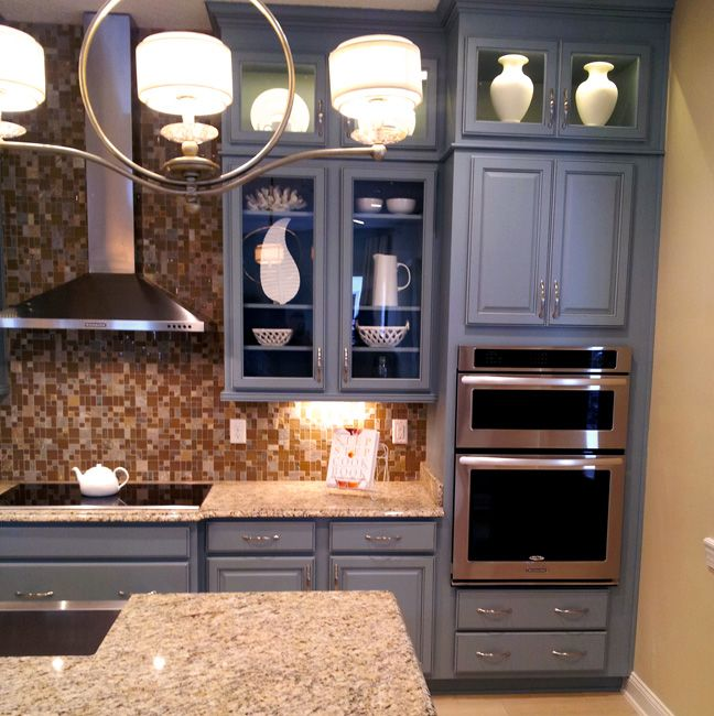 Debut Series Capri Maple Door In Slate Harvest Glazed Color Tone Legacy Cabinets Cabinetry Design