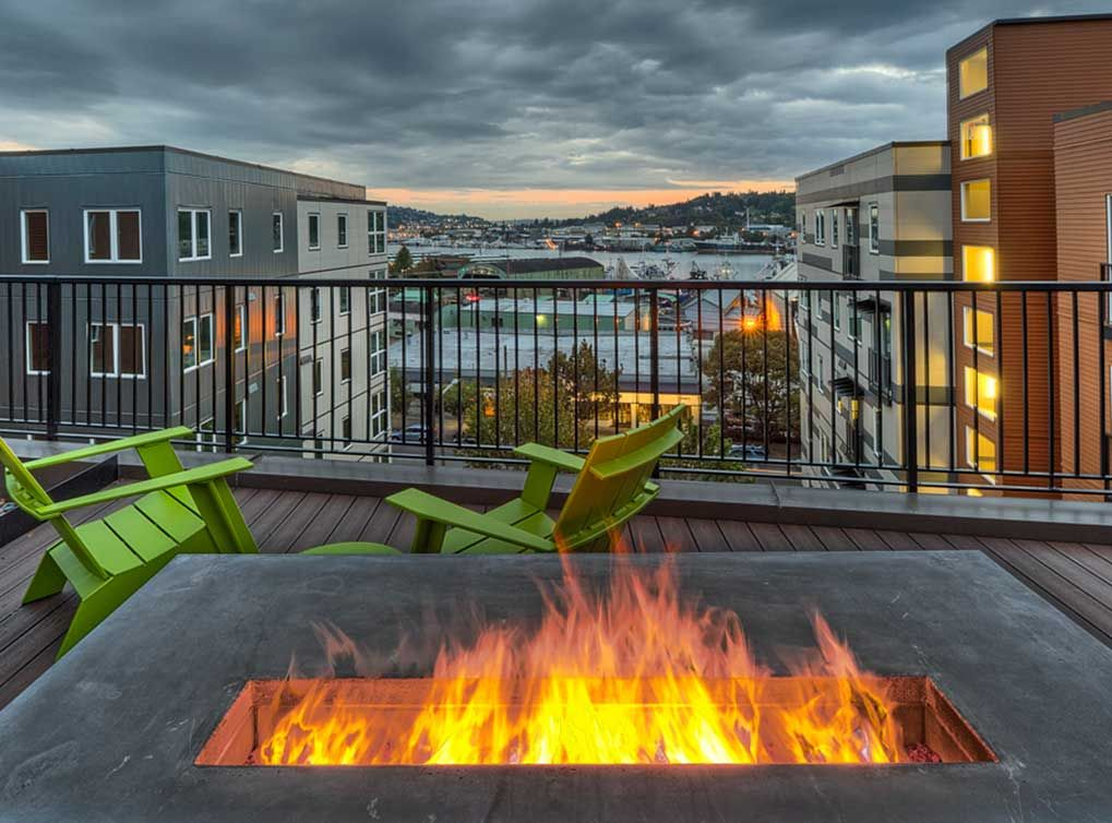 Seattle Apartment Rentals At Amli Mark24 Apartment Rooftop Green Roof Seattle Apartment