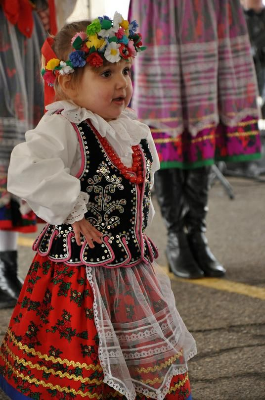 Little Polish Dancer costume - I remember my mom dressing me like this for Halloween one year