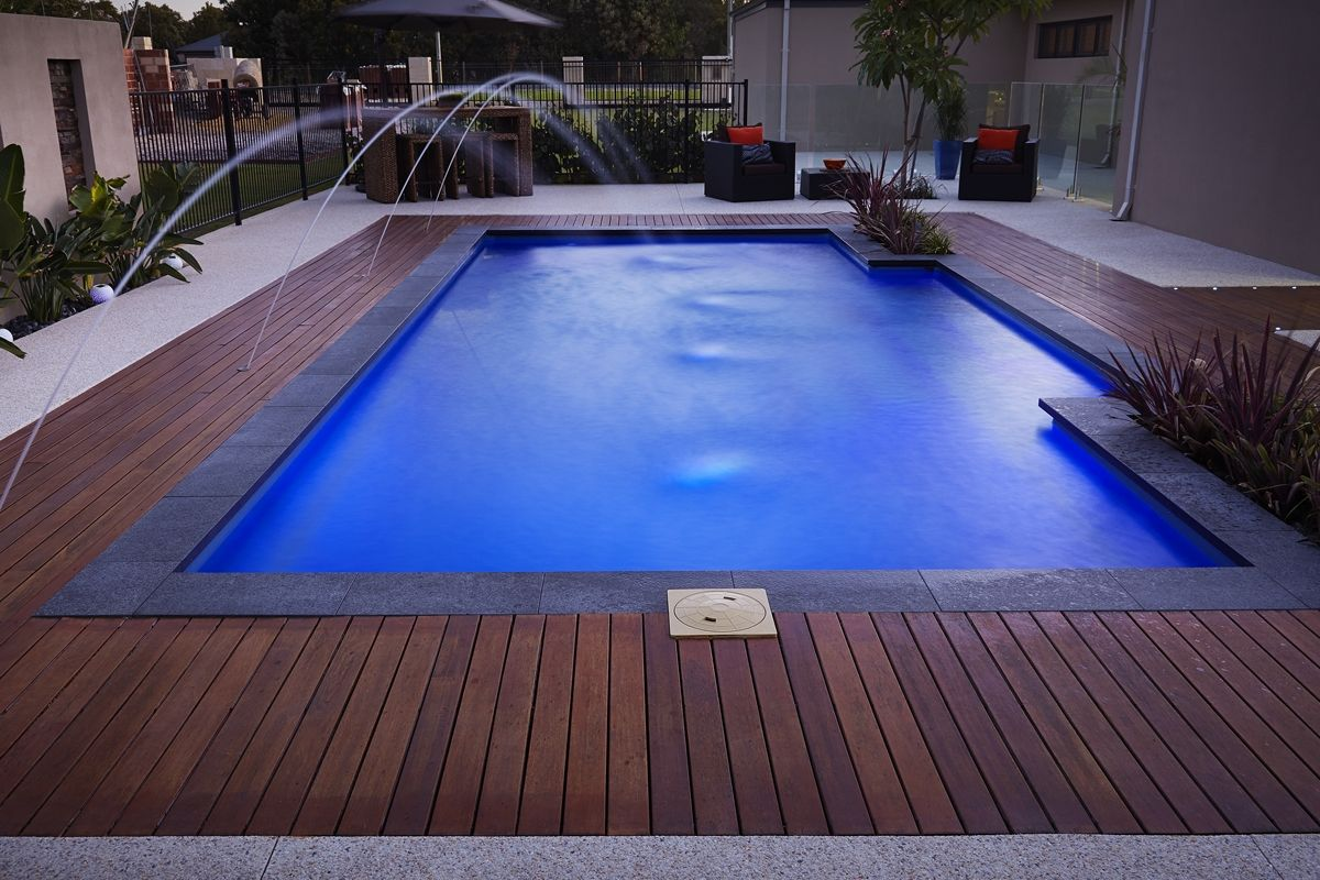 8 5m Majestic Fibreglass Pool Barrier Reef Pool Perth Swimming
