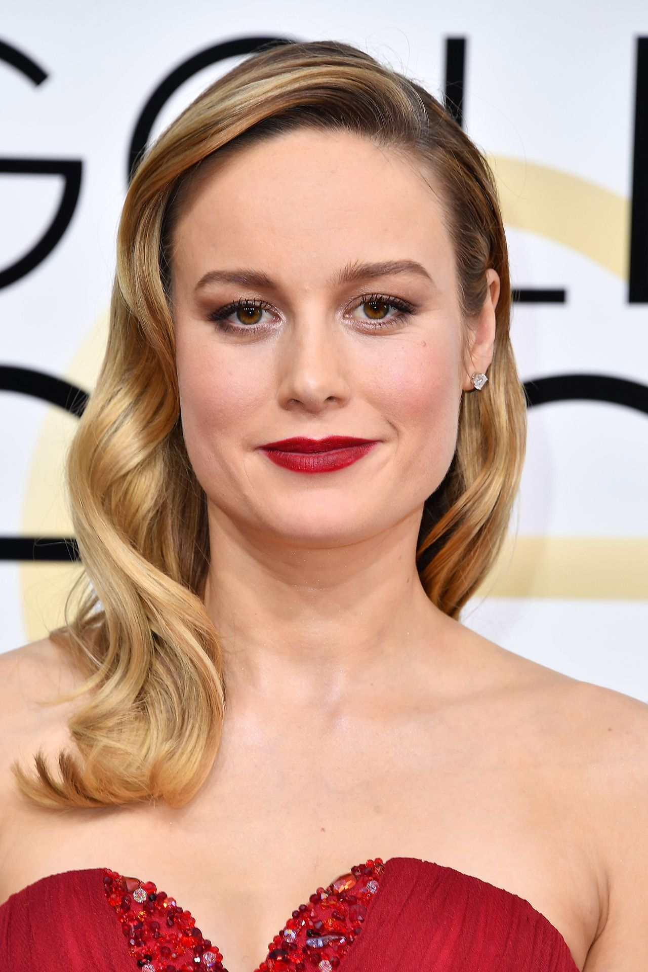 golden globes: winners 2017 | celebrity hairstyles | brie