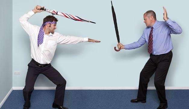 ¡Guerra de espadas!