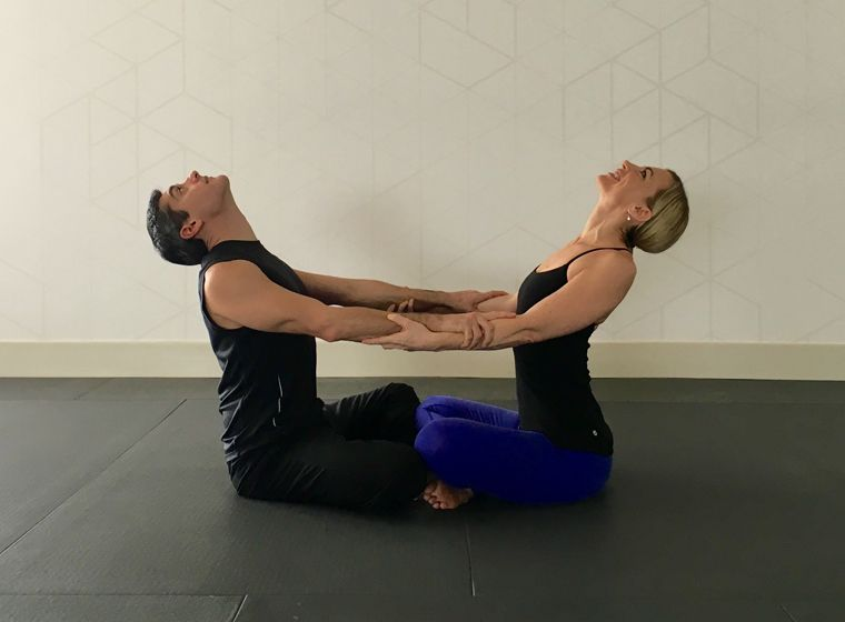 10 Partner Yoga Poses For A Strong And Flexible Relationship Partner Yoga Poses Partner Yoga Yoga Poses For Beginners