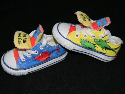 NEW CHUCK TAYLOR CONVERSE ONE FISH TWO FISH DR SEUSS SUESS
