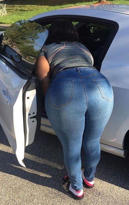Мамочки в чернуха джинсы большой попой фото, мамка друга залетела от меня
