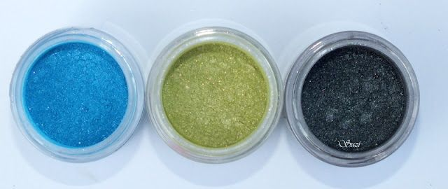 Essence LE Colour Arts: Pigments  18 Little Mermaid  19 Kiss the Frog  0 Black Sparrow