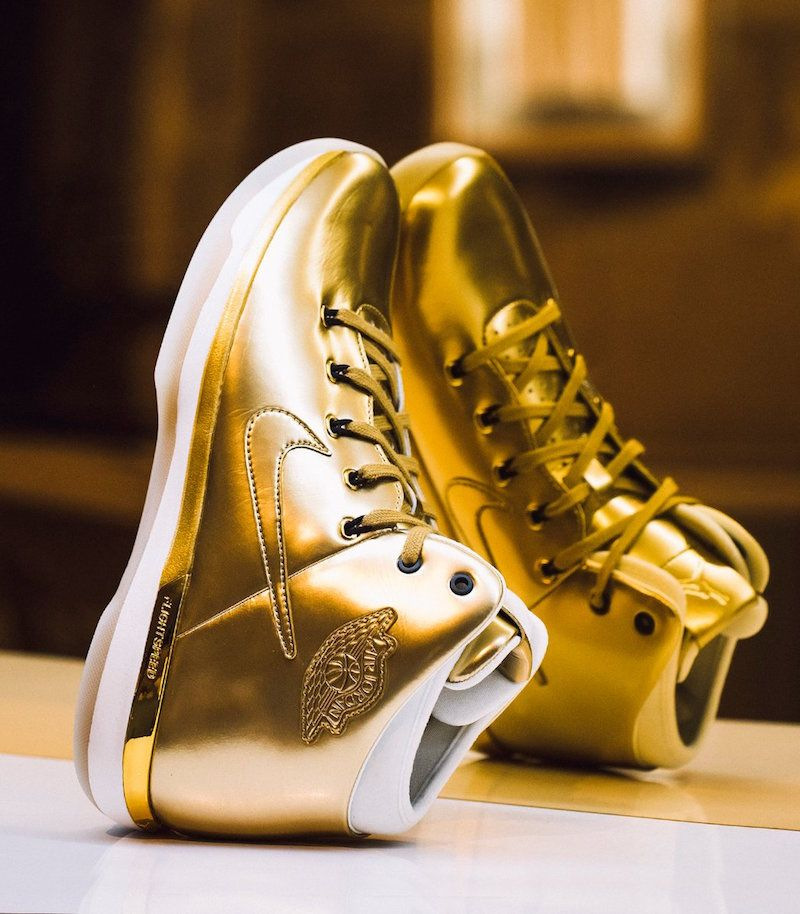 Air Jordan XXX1 Gold Karat