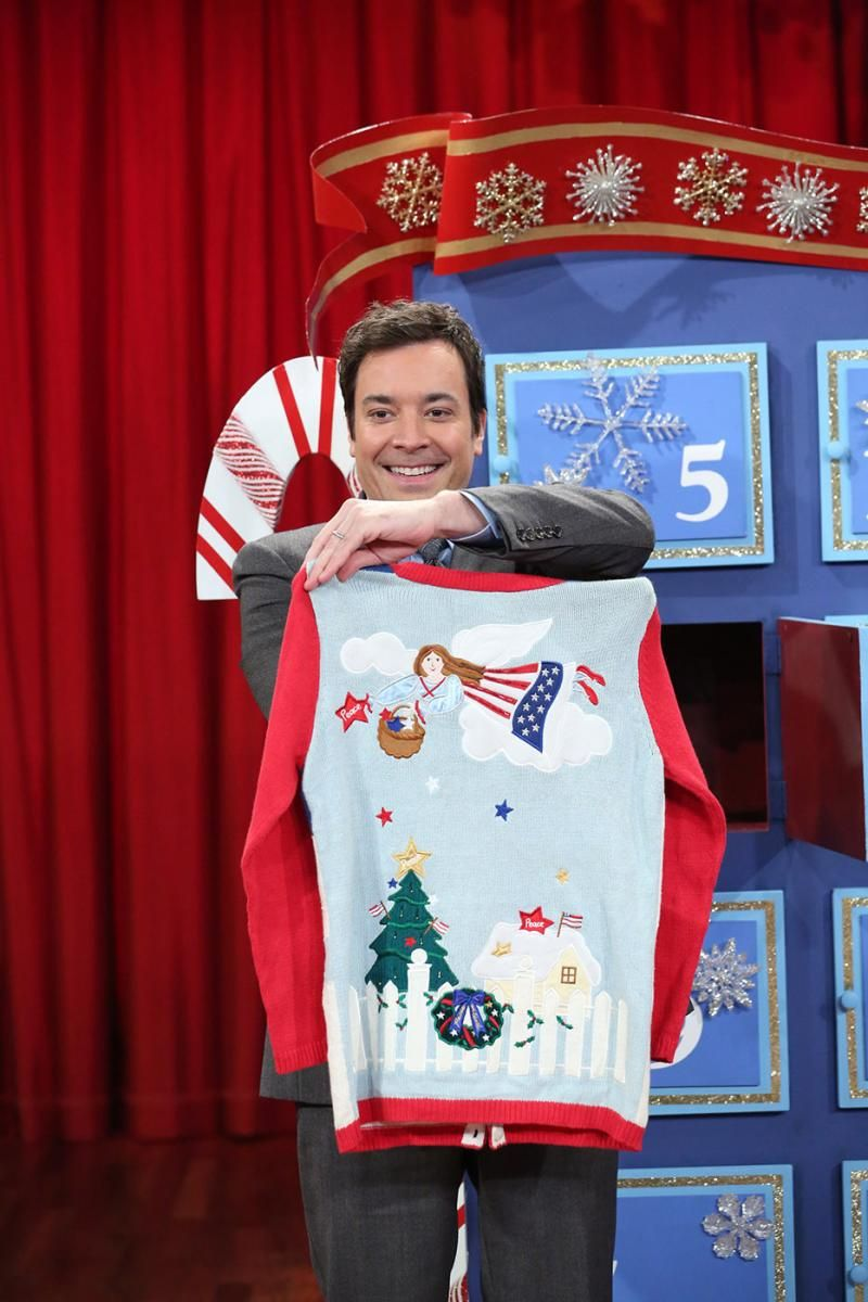 Jimmy Fallon Christmas Sweaters.Celebrity Holiday Fashion Fa La La Fails Jimmy Fallon