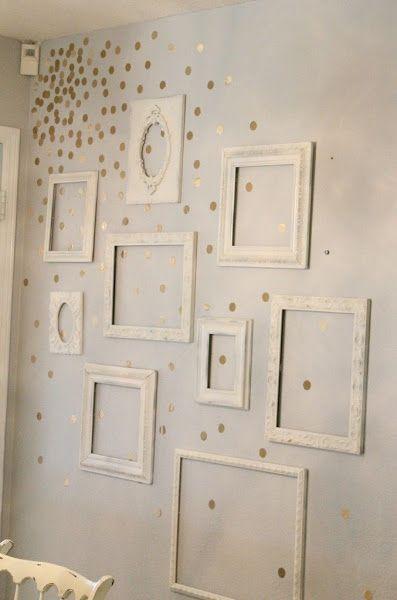 Paredes decoradas con topitos Family wall, Room and Cornice