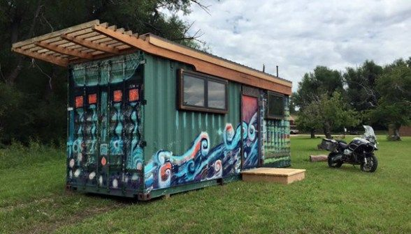 Casa Cubica S 160 Sq Ft Shipping Container Tiny Home Tiny Homes