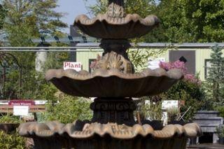 How To Paint A Concrete Fountain Ehow Concrete Fountains Fountains Outdoor Water Fountains Outdoor