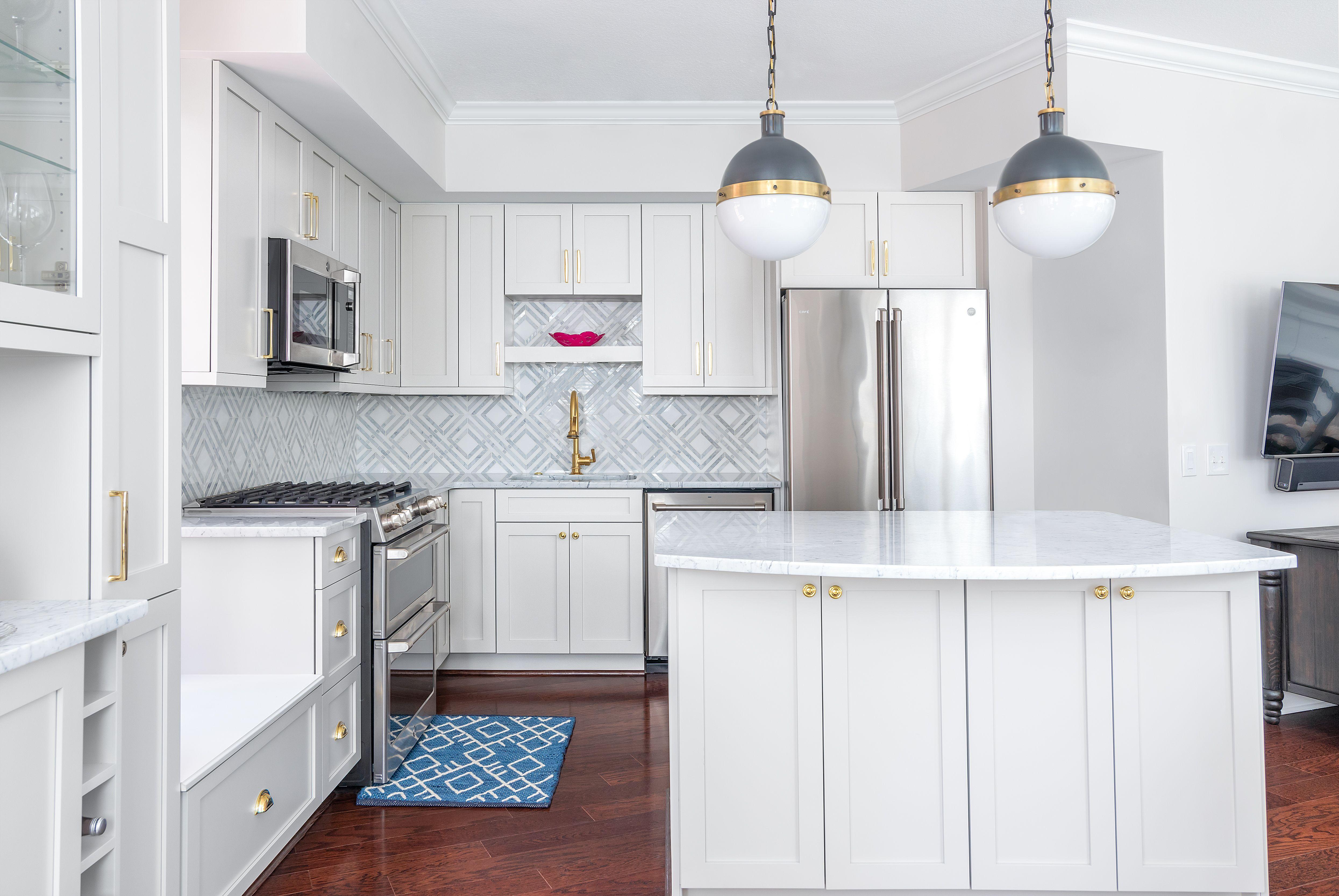 Best White Kitchen Cabinets Design Countertops Ideas In 2020 Custom Kitchen Remodel Kitchen Cabinet Design Countertop Design
