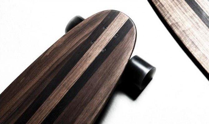 Además de ropa y muebles, ahora James Perse también diseña tablas de skate y nos gustan...    http://www.good2b.com.es/index.php/es/gadgetsesp/item/1450-2012-03-28-15-57-05