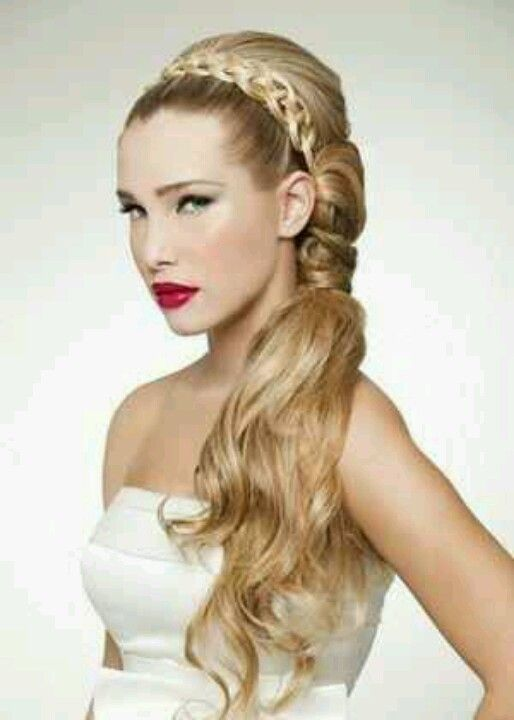 Headband hairstyle with a side ponytail