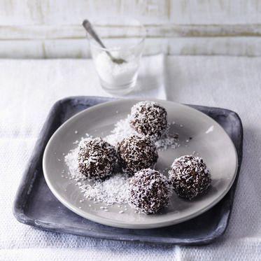 Brownie-Pralinen mit Haferflocken und Mandelmus
