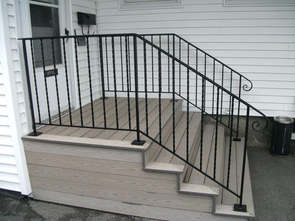 Iron Balusters Menards To Open Riser Stairs In 2020 Outdoor | Menards Outdoor Stair Railings | Composite | Front Porch Railing | Railing Systems | Patio | Deck Railing Kits