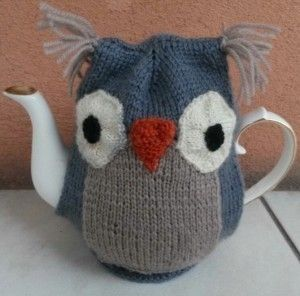 Owl Teapot Cozy  •  Free tutorial with pictures on how to make a tea cozy in under 180 minutes